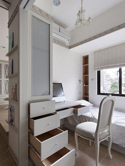 这里是次卧室的空间,次卧室采用移动滑门的设计,便于室内采光,同时图片