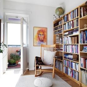 书房书架挂画效果图