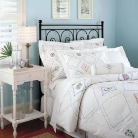 地中海地中海风格浪漫卧室床架案例展示