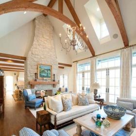 美式客厅吊顶装修案例