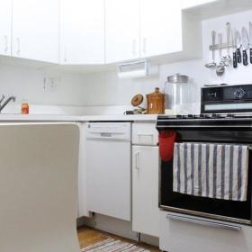 现代简约厨房收纳设计方案