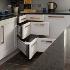 现代简约厨房收纳设计案例展示