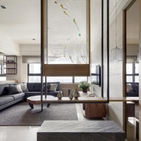 现代简约客厅隔断装修案例