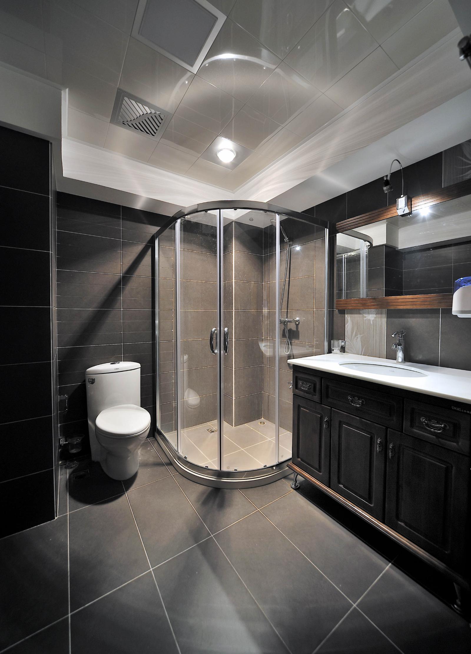 343 张美式卫生间 卫生间门 装修效果图