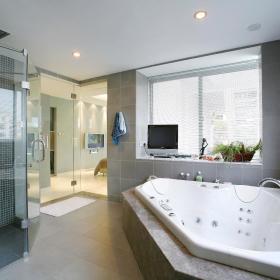 现代简约浴室淋浴房装修案例
