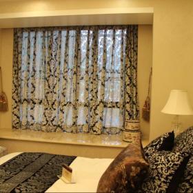 欧式卧室飘窗&落地窗装修图