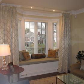 现代简约简欧客厅飘窗&落地窗装修图
