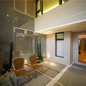 现代简约阳台植物装修案例