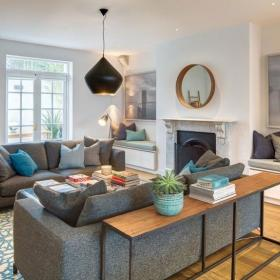 田园客厅沙发书架设计案例展示
