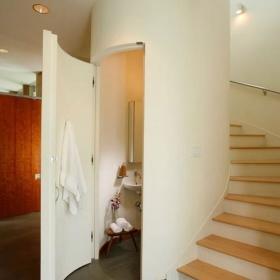 楼梯卫浴设计方案