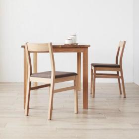 日式餐厅桌子椅子效果图